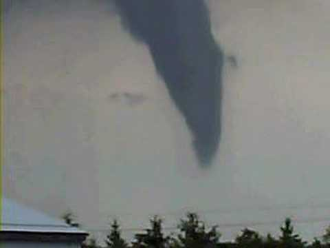 Funnel cloud in Lucan Biddulph