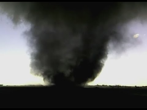 Massive Tornado in Outlook, Saskatchewan, Canada...